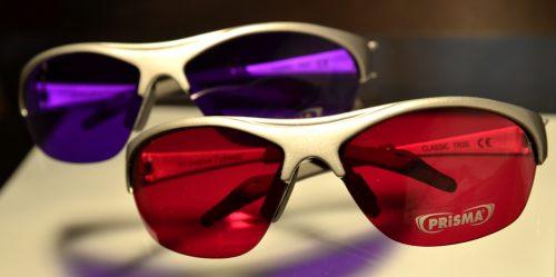 Farbtherapiebrillen scharlach purpur
