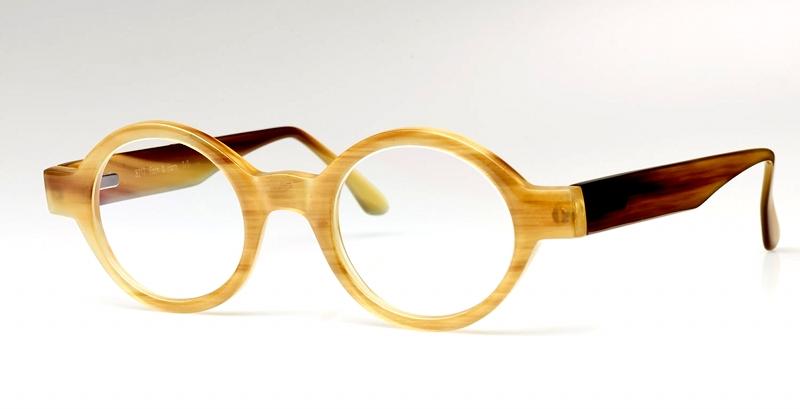Hornbrille aus Büffelhorn