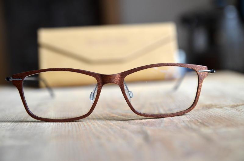 Federleichte Brille