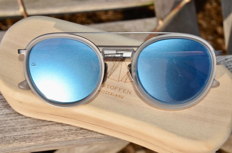 Sonnenbrille verspiegelt satiniert